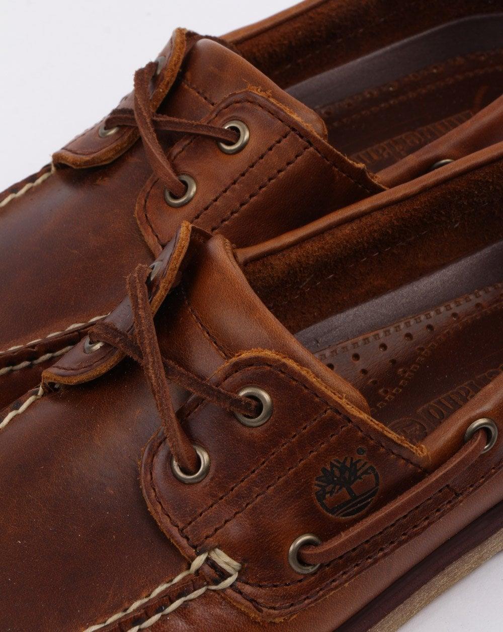 f4010fe6cc18e Timberland Classic Boat 2 Eye Shoe Sahara | 80s casual classics