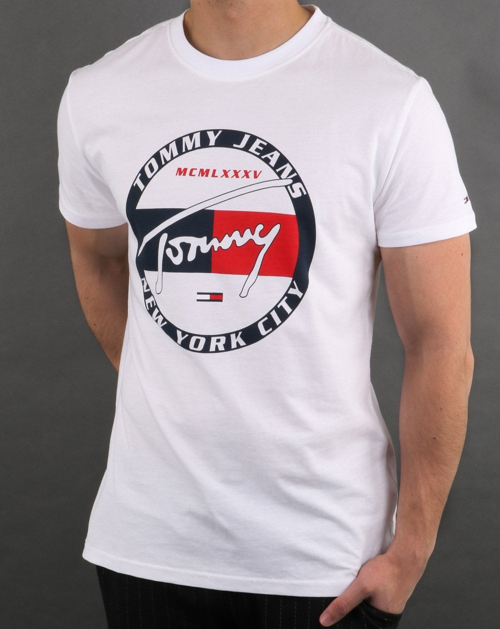 cee589ac Tommy Hilfiger White Graphic T'Shirt | 80s Casual Classics