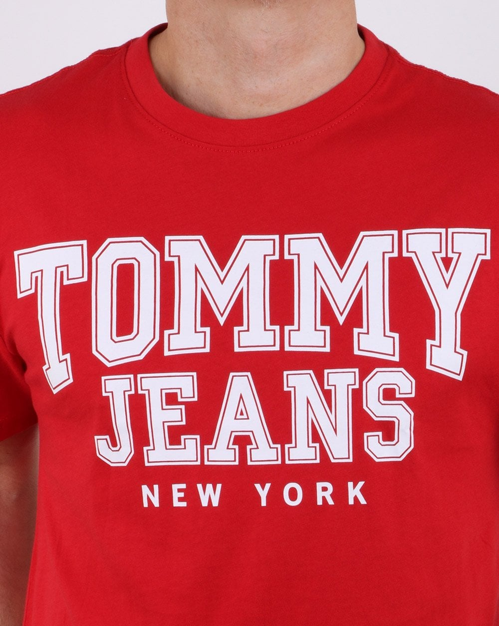 e8342096 Tommy Hilfiger College Tommy Jeans T-shirt Red | 80s casual classics